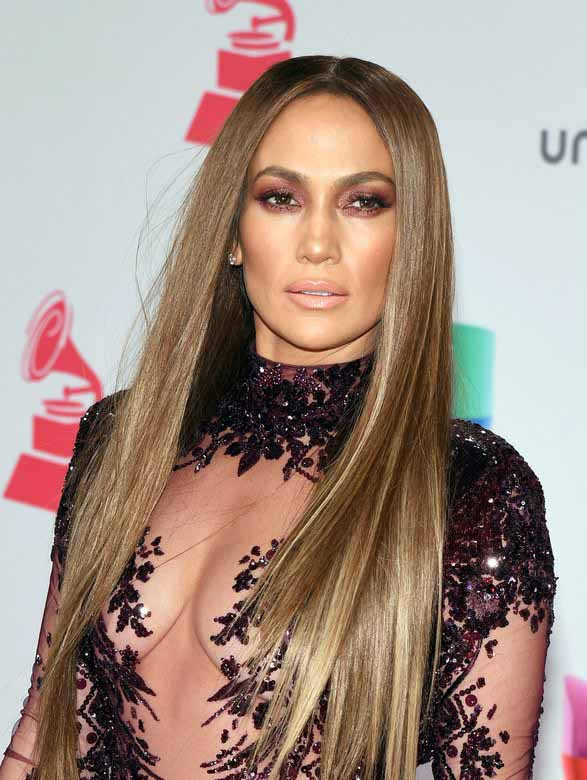 Jennifer Lopez Uzun Saç Stili