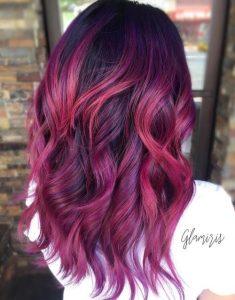 Çok katmanlı ve renkli kadın saçı modeli nasıldır