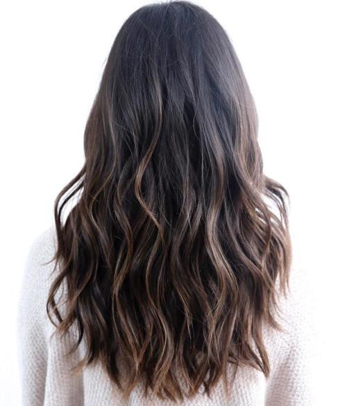 Haifif katmanlı uzun saç modeli nasıldır