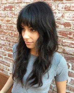 Kahküllü dalgalı kadın saçı modeli nasıldır