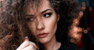 Kıvırcık Saç Bakımı Nasıl Olmalı