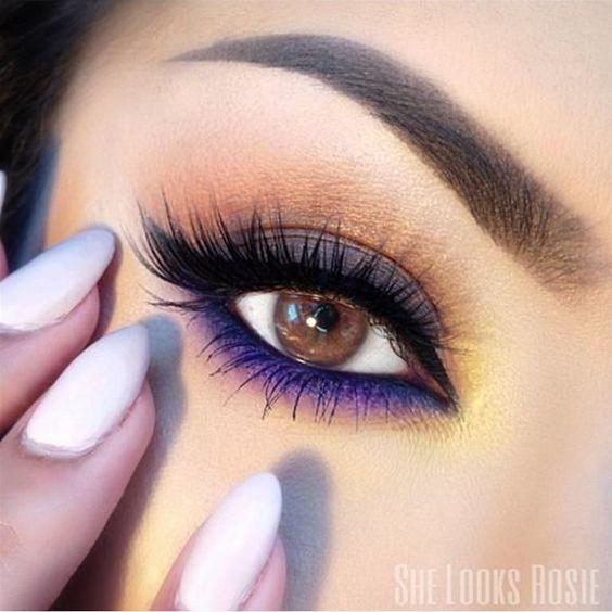 Renkli ve Cesur Göz Makyajı