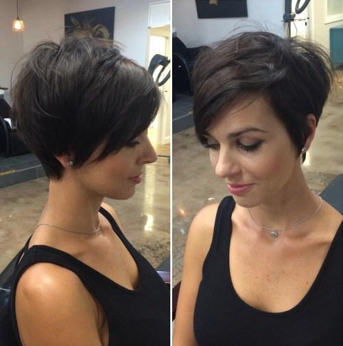 Klas Katmanlı Saç Modeli