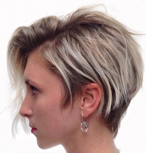 Asimetrik Kesim Saç Modeli