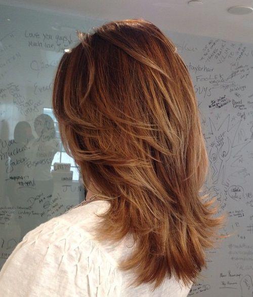 Katmanlı V Kesim Saç Modeli