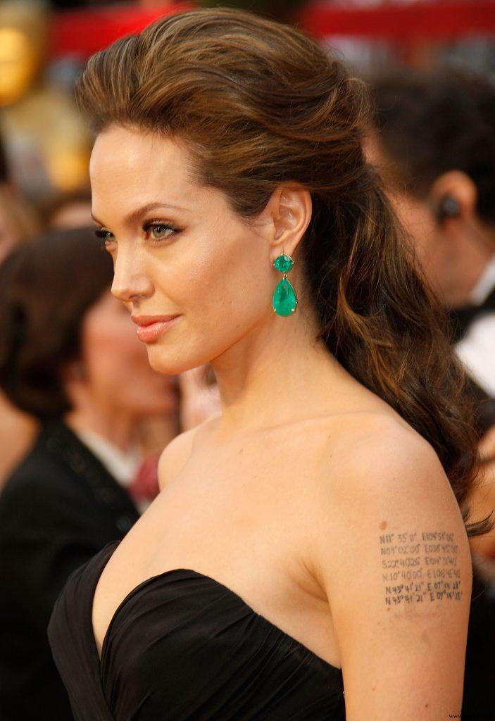 Angelina Jolie Saç Modeli