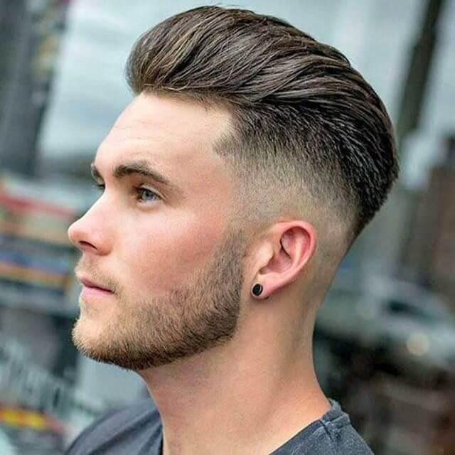Geriye Doğru Taranmış Erkek Saç Modeli
