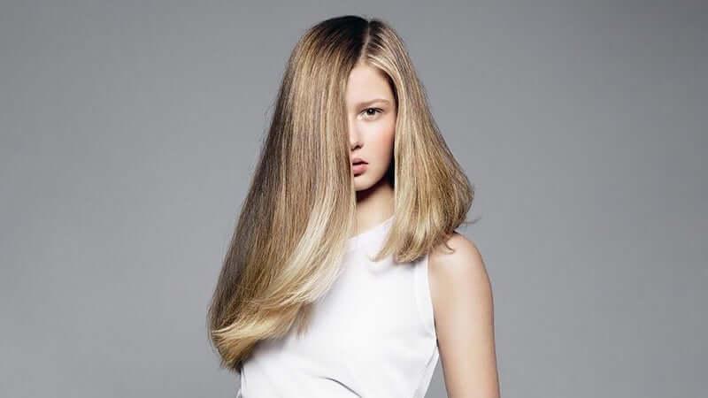 Uzun Asimetrik Saç Modeli