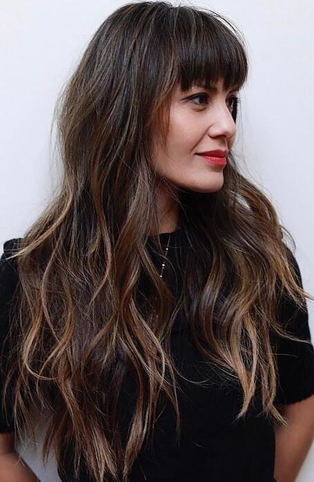 Uzun Dalgalı Kahkül Saç Modeli