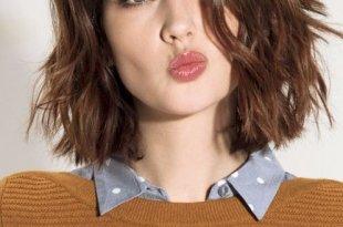 Dalgalı Saçlar İçin Küt Saç Modelleri