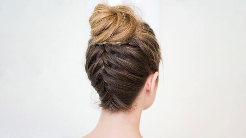 Fransız Örgü Topuz Saç Modeli Nedir