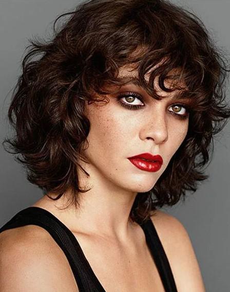 Kıvırcık Katlı Saç Modeli