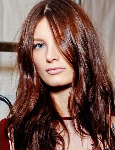 Koyu Doğal Kızıl Saçlar
