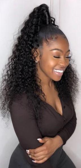 Spor Siyahi At Kuyruğu Saç Modelleri