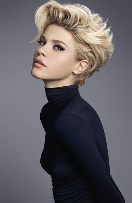 Çekici Kıvırcık Saç Modelleri