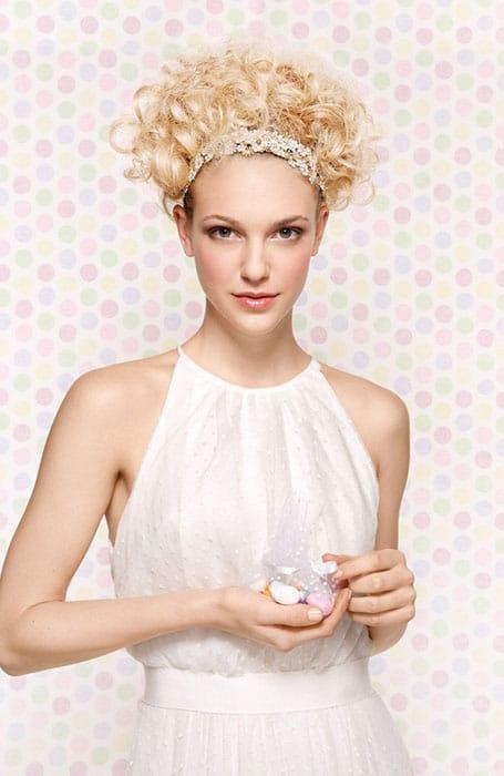 Saç Bandı Kıvırcık Saç Modelleri