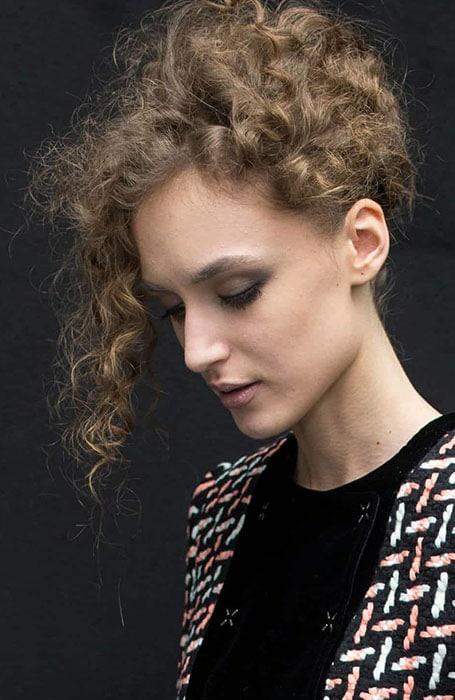 Yumuşak Kıvırcık Saç Modelleri