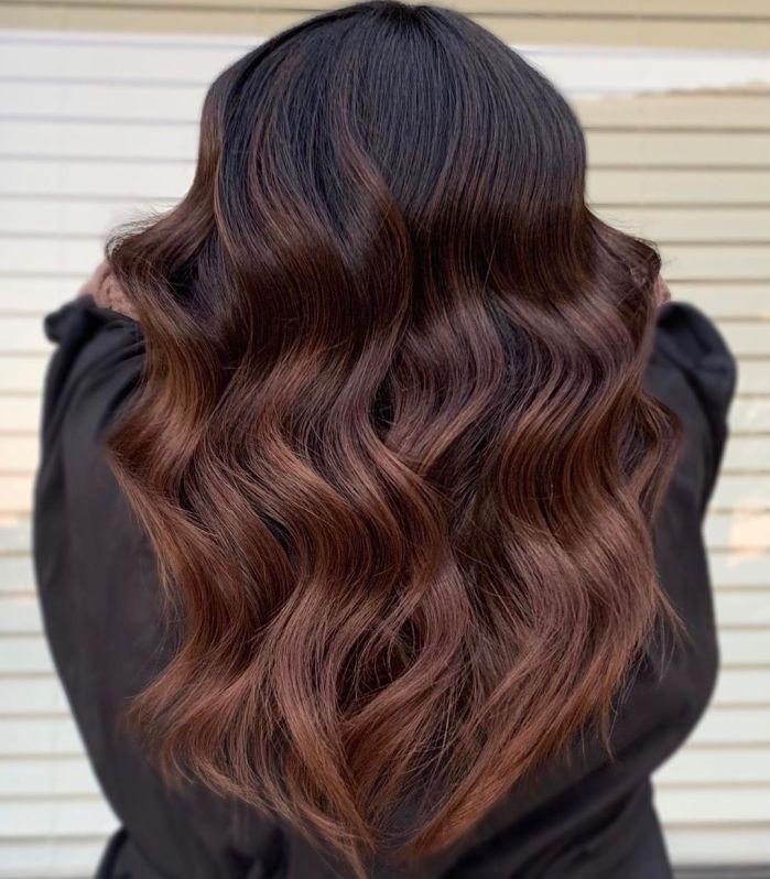Parlak Çikolata Saç Modeli